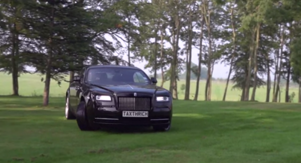 Screen Shot 2014 10 01 at 9.34.33 AM 600x326 at TaxTheRich Goes Garden Racing in Rolls Royce Wraith