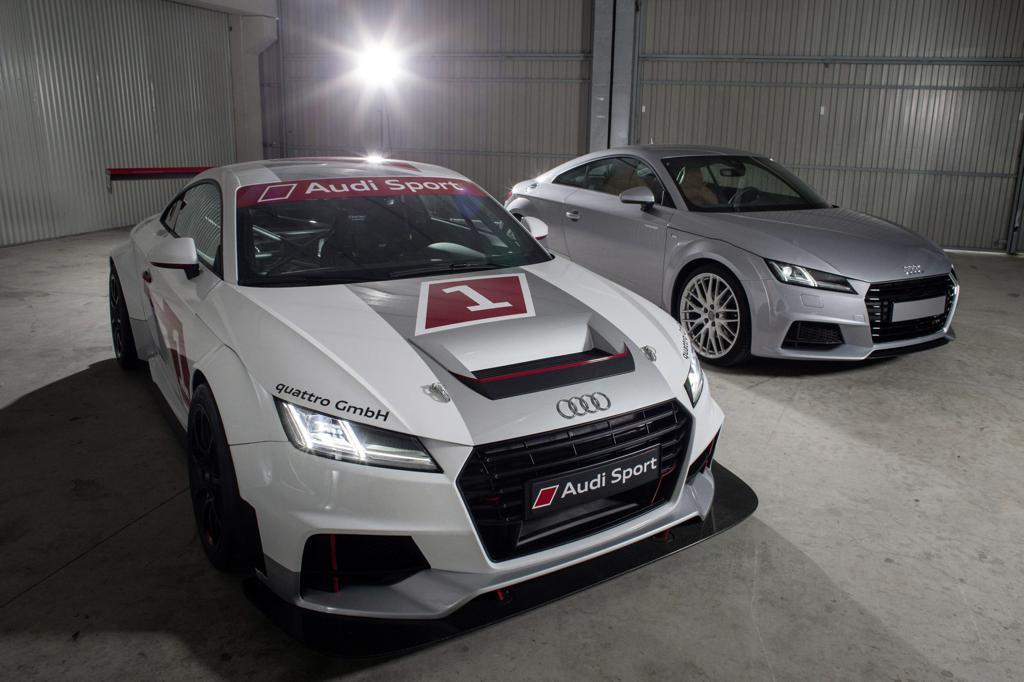 Гоночная Audi TT Cup