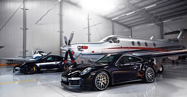 mm porsche hangar 0 600x313 at MM Performance Porsche 991 Turbo Hangar Photoshoot