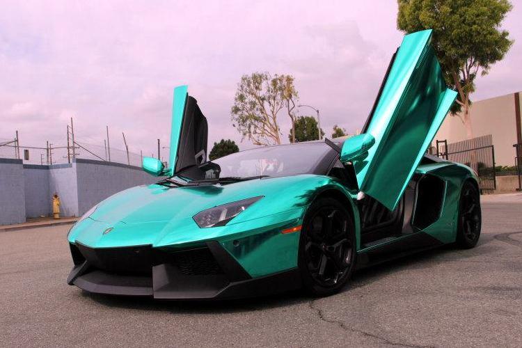 Unique Lamborghini Aventador In Turquoise Chrome