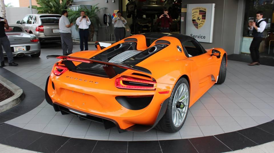 Gallery Orange Porsche 918 Spyder