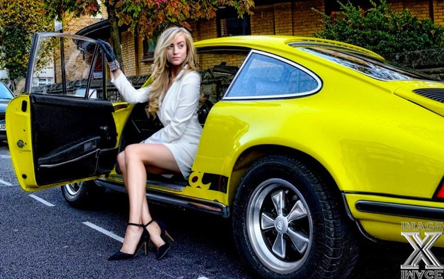 Harriadnie Beau And Porsche 911 Carrera Rs 2 7