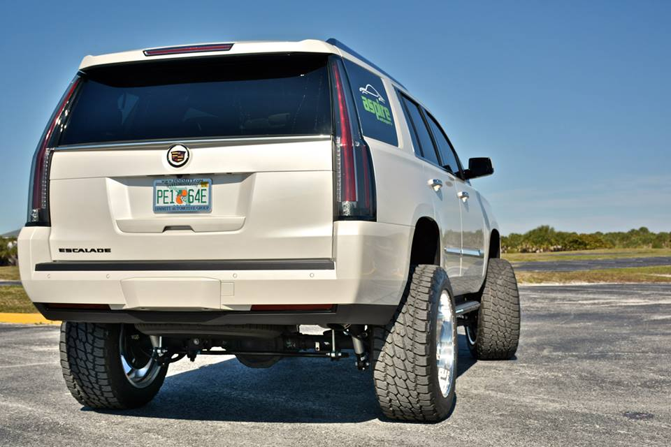World's First Lifted 2015 Cadillac Escalade