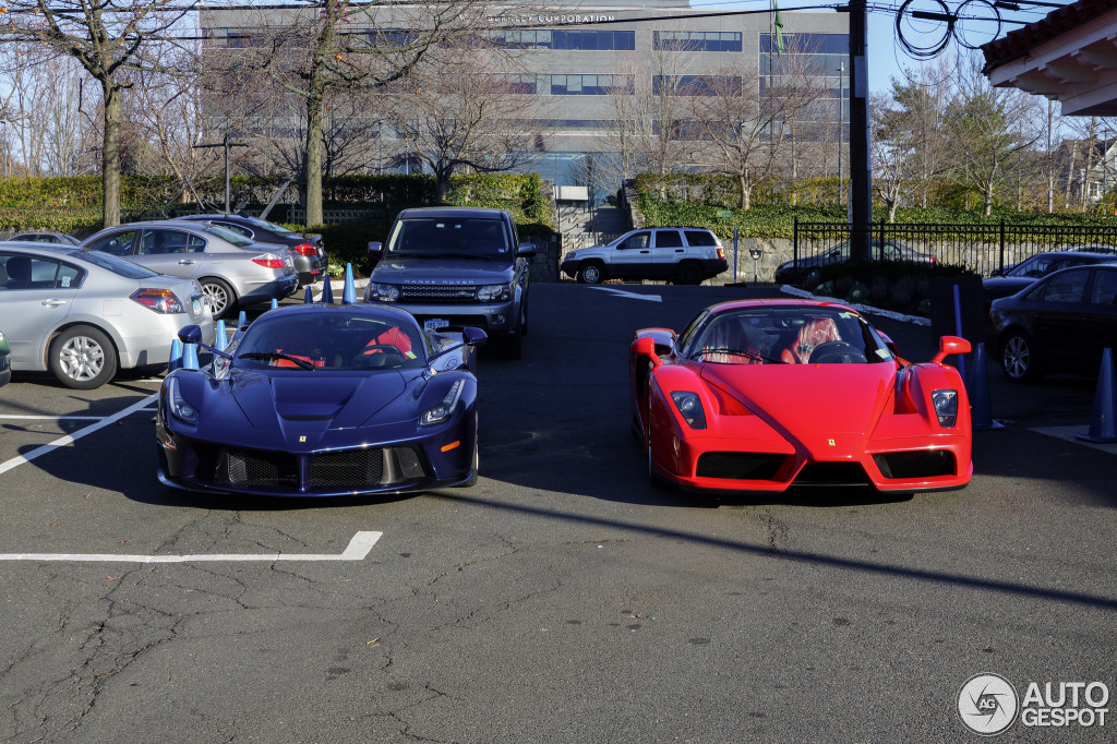 Combo Spot Red Enzo Amp Blue Laferrari