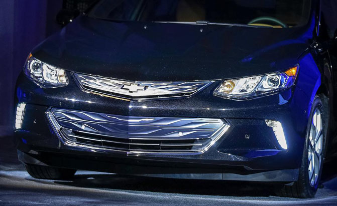 Amazing First Look 2016 Chevrolet Volt  Motorward