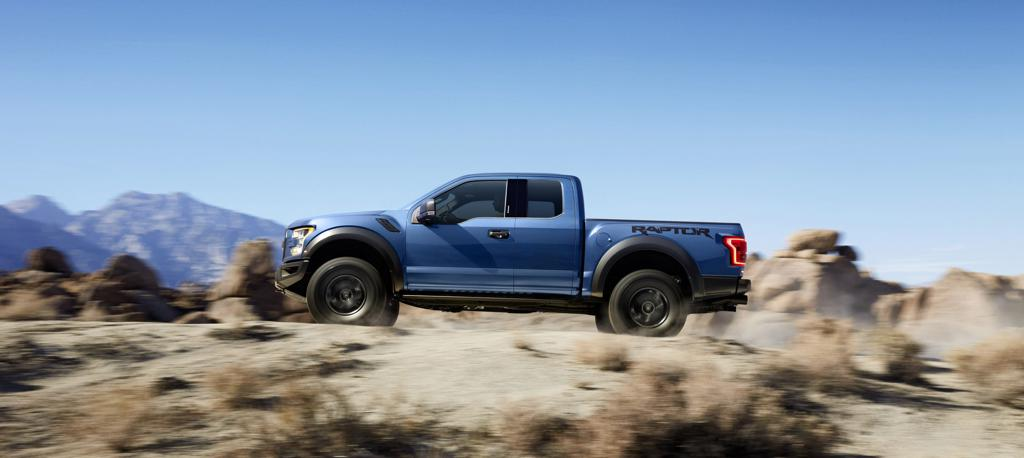 2015 naias ford f 150 raptor. Black Bedroom Furniture Sets. Home Design Ideas