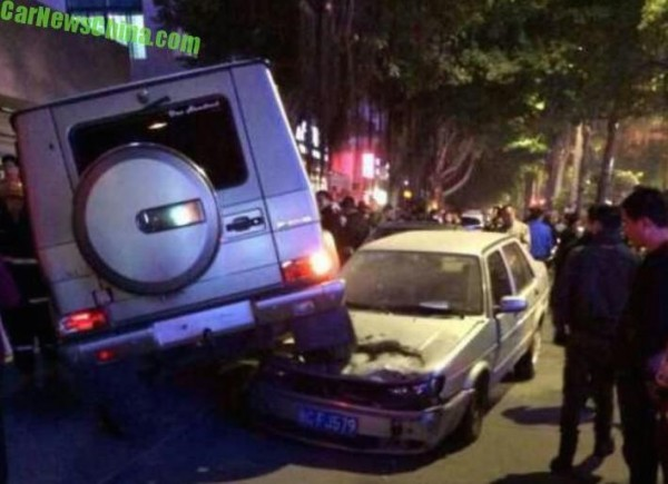 Mercedes G55 AMG-crash-0