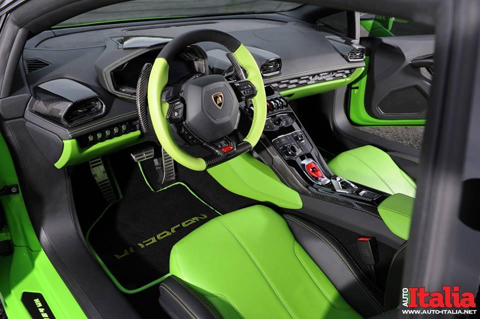 Фото салона Lamborghini Huracan от Oakley Design