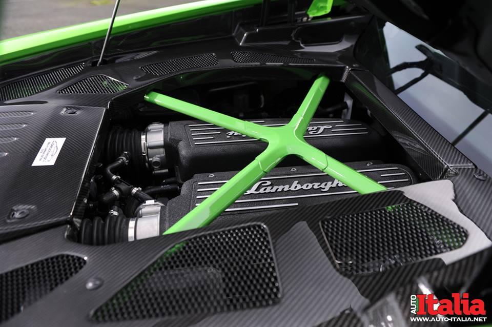 Двигатель Lamborghini Huracan от Oakley Design