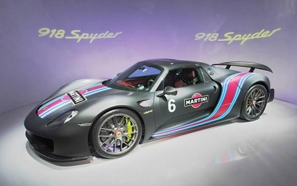 Porsche 918 Weissach Martini-0