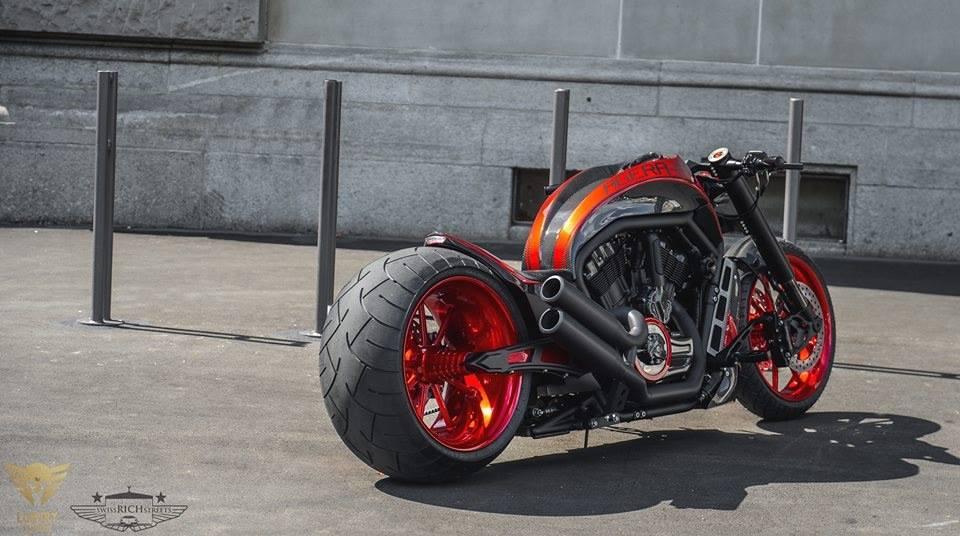 Harley Davidson V Rod Agera R Price