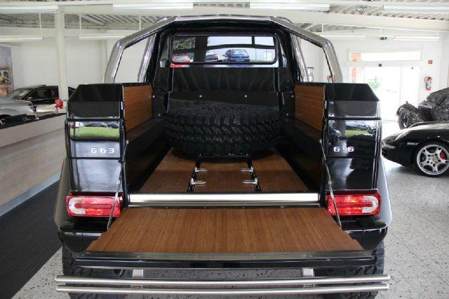 mercedes g63 amg 6x6 spotted for sale for 975k. Black Bedroom Furniture Sets. Home Design Ideas