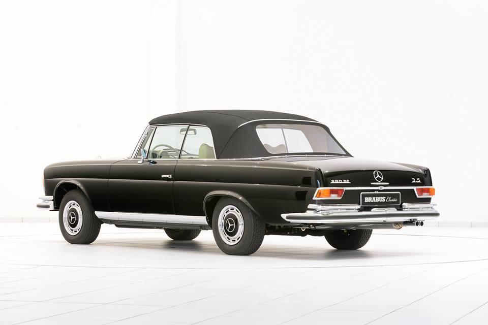 1970 mercedes 280 se convertible spotted for sale. Black Bedroom Furniture Sets. Home Design Ideas