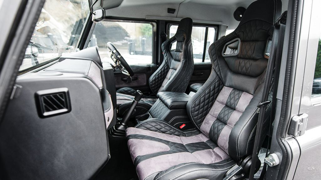 Manly Chic Kahn Defender Double Cab Pickup