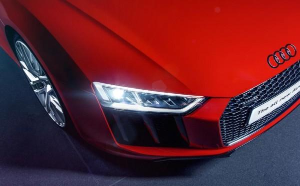 Audi R8 UK 2 600x373 at 2016 Audi R8   UK Specs and Pricing