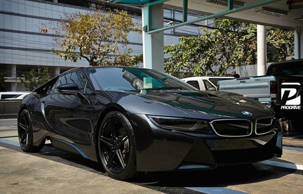 Black on Black BMW i8-0