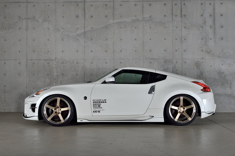 tuningcars rowen nissan 370z is one odd looking fish. Black Bedroom Furniture Sets. Home Design Ideas