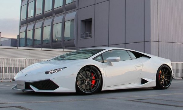 hyper huracan 0 600x363 at Haters Gonna Hate, But the Huracan Is Beautiful!
