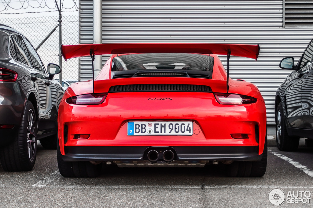 porsche 991 gt3 rs looks convincingly awesome in lava orange. Black Bedroom Furniture Sets. Home Design Ideas