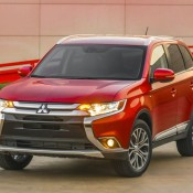2016 Mitsubishi Outlander 2 175x175 at 2016 Mitsubishi Outlander Unveiled at NYIAS