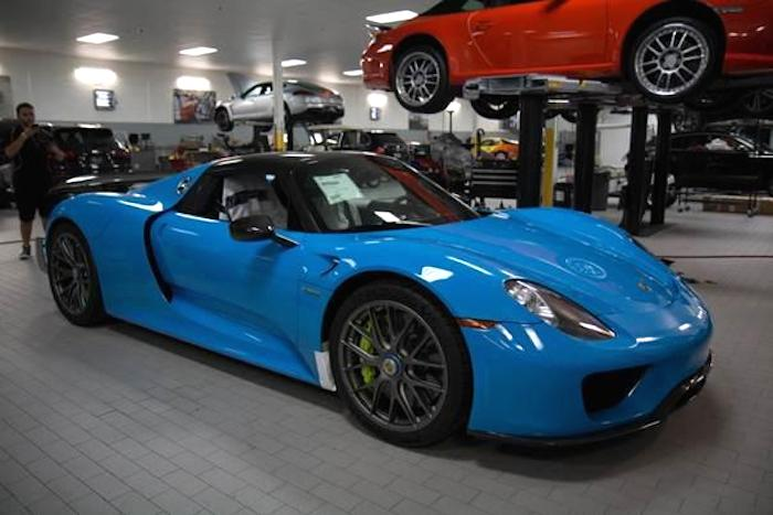 riviera blue porsche 918 weissach delivered in u s. Black Bedroom Furniture Sets. Home Design Ideas