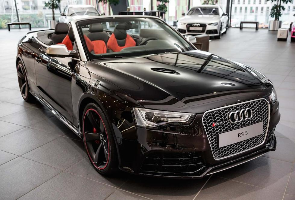 Spotlight Ruby Black Audi Rs5 Cabrio