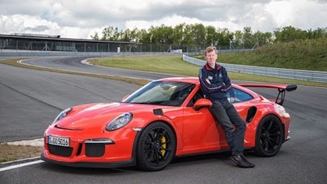 Walter R 246 Hrl Shows How To Treat A Porsche 991 Gt3 Rs