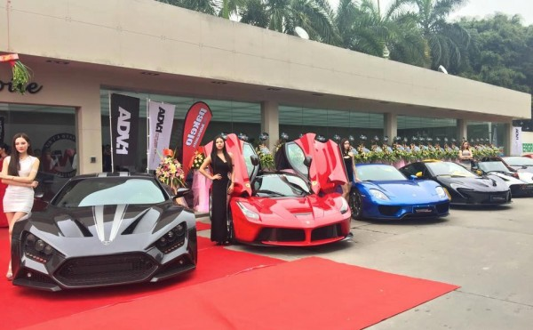 Impressive Wrap Canton 0 600x371 at Gallery: Supercars at Impressive Wrap Canton Grand Opening