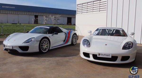 Porsche Carrera GT vs Porsche 918 600x333 at Porsche Carrera GT vs Porsche 918 Drag Race