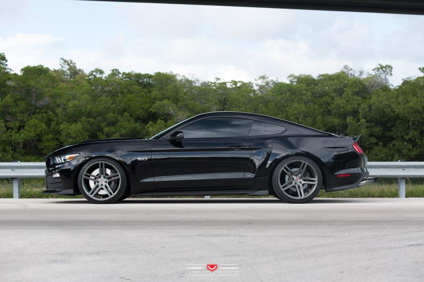 Handsome Devil 2015 Roush Mustang