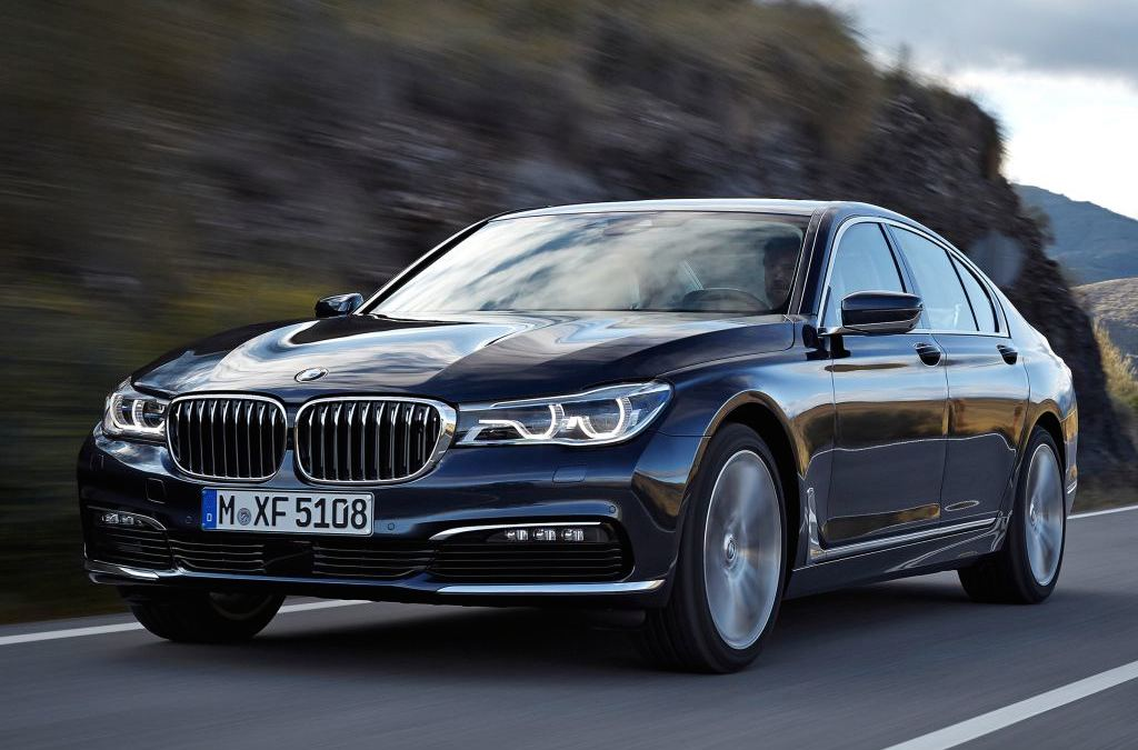 official 2016 bmw 7 series unveiled. Black Bedroom Furniture Sets. Home Design Ideas