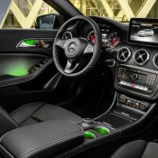 2016 Mercedes A-Class-10
