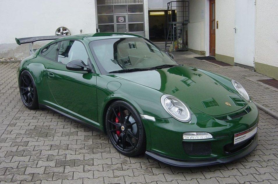 Spotlight British Racing Green Porsche 997 Gt3 Rs
