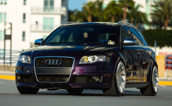 Merlin Purple Audi RS4-0