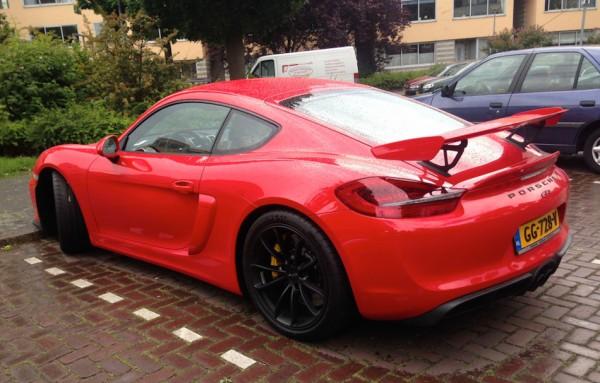red-Porsche Cayman GT4-0