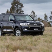 2016 Toyota Land Cruiser-1
