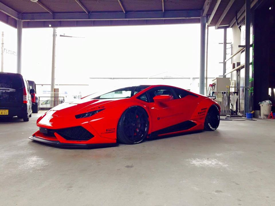 liberty walk lamborghini huracan is ready to roll. Black Bedroom Furniture Sets. Home Design Ideas