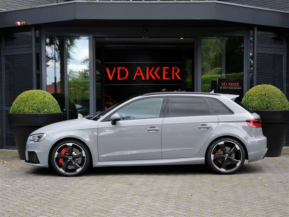 Gallery Nardo Grey Audi Rs3