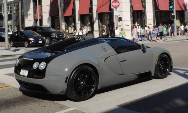 black-grey-Bugatti Veyron-1