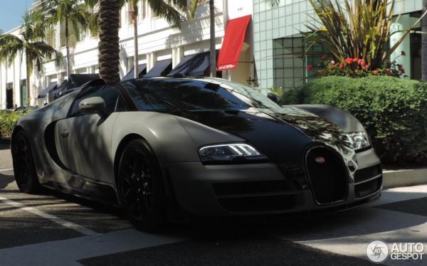 black-grey-Bugatti Veyron-2