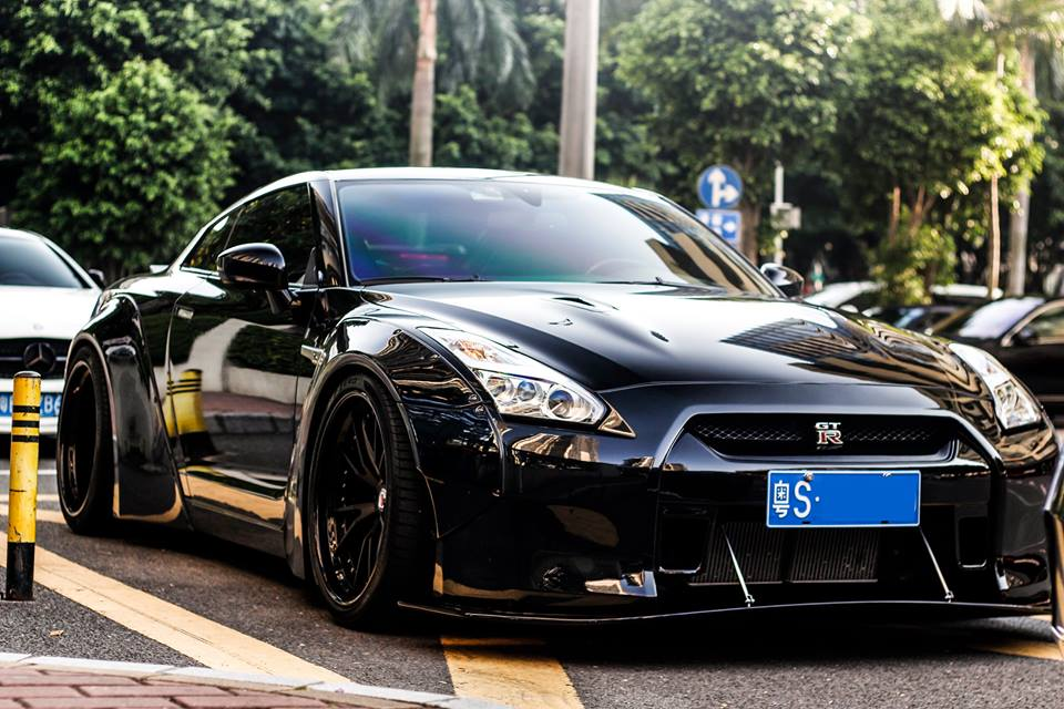 liberty walk nissan gt r darth vader. Black Bedroom Furniture Sets. Home Design Ideas