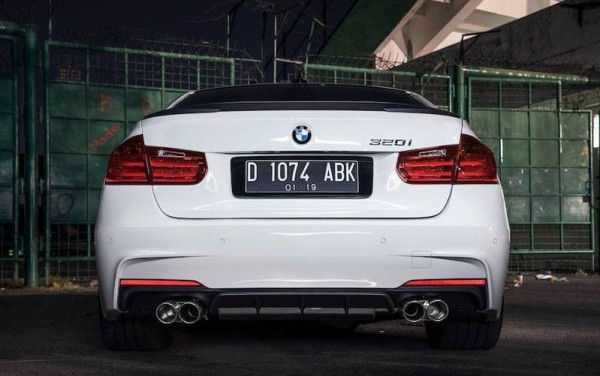 Tricked-out BMW 320i-0