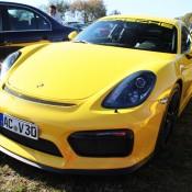2x Porsche Cayman GT4-4