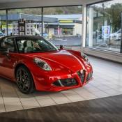 Alfa Romeo 4C Spider Showroom-1