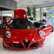 Alfa Romeo 4C Spider Showroom-6