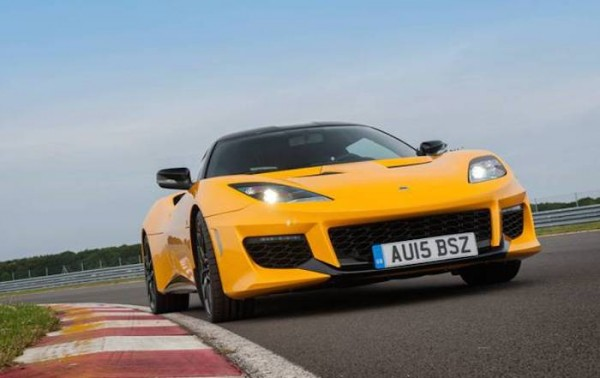 Lotus Evora 400 action
