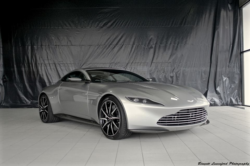 aston martin db10 spectre aston martin db10 to be auctioned in 2016 celebrity style guide am. Black Bedroom Furniture Sets. Home Design Ideas