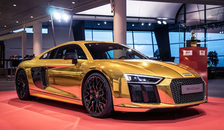 Gold Audi R8 V10 Plus Is Quite A Sight