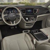 2017 Chrysler Pacifica-10