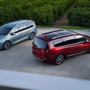 2017 Chrysler Pacifica-3